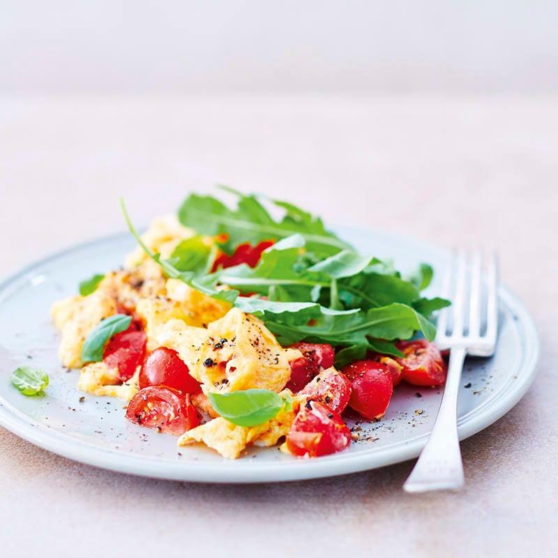 Foto van Roerei met tomaten en rucola door WW