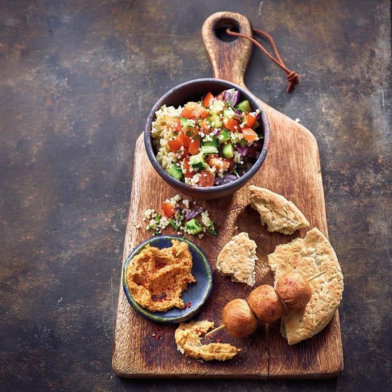 Foto van Falafel met chili-hummus door WW