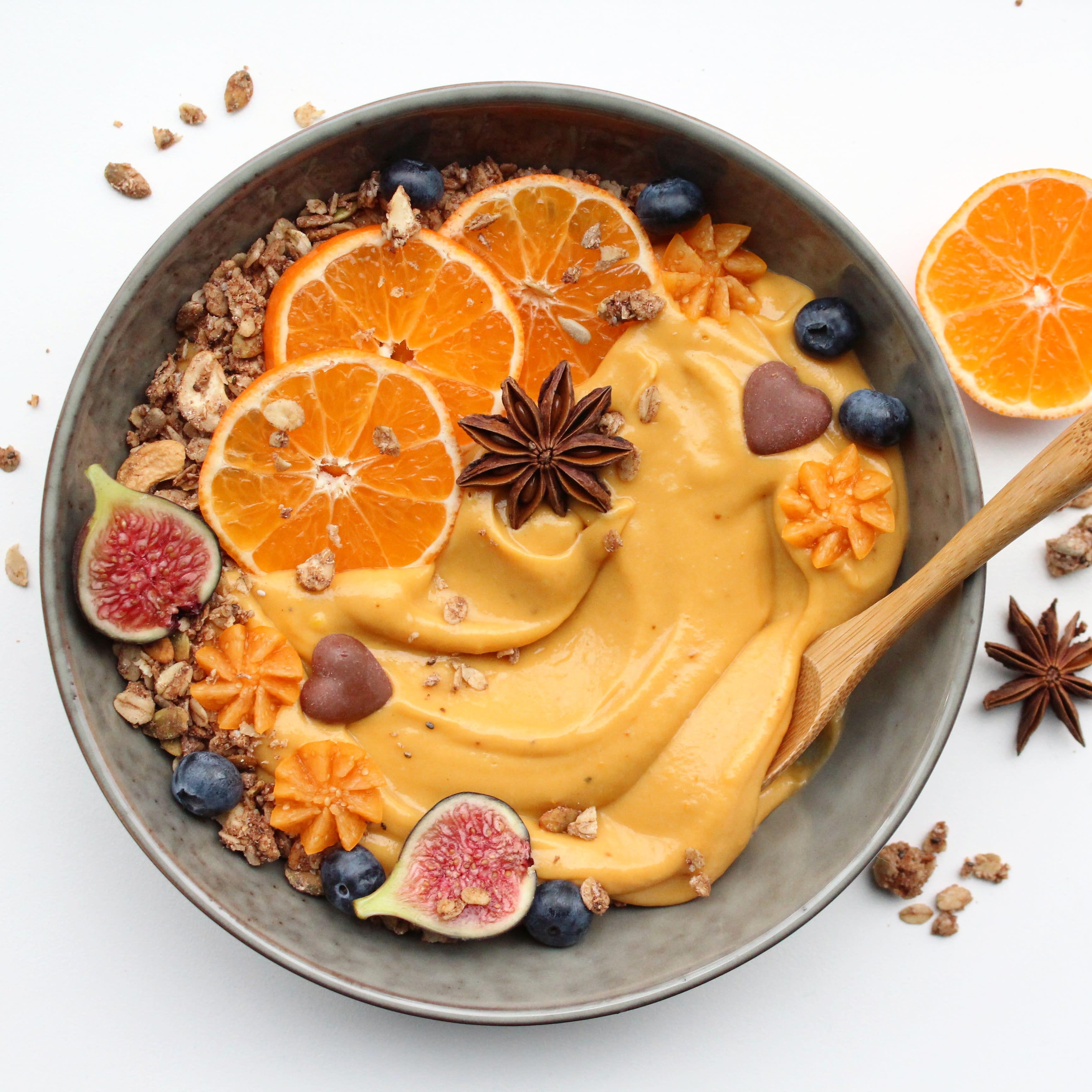 Foto van Zoete aardappel-bowl - WW Loves - Oot Granola door WW