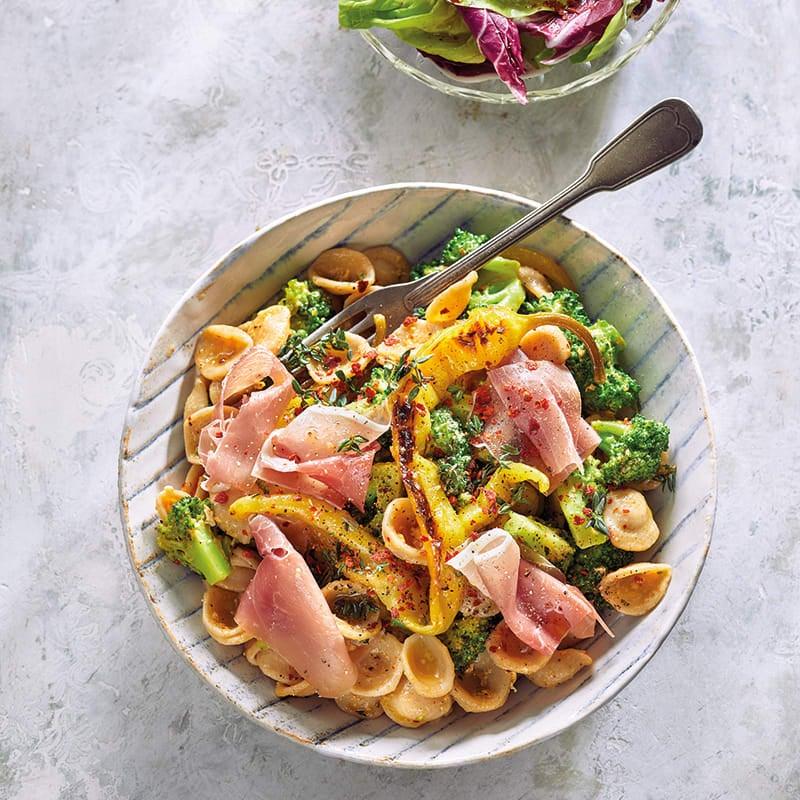 Foto van Orecchiette carbonara met broccoli door WW