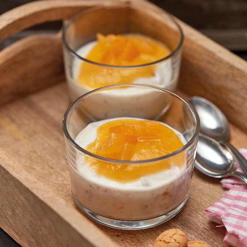 Foto van Amandelcrème met abrikozen door WW