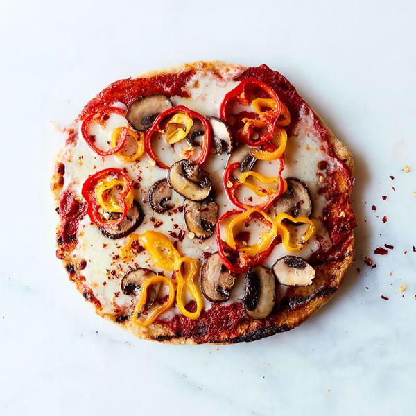 Foto van Pizza met kastanjechampignons en paprika door WW