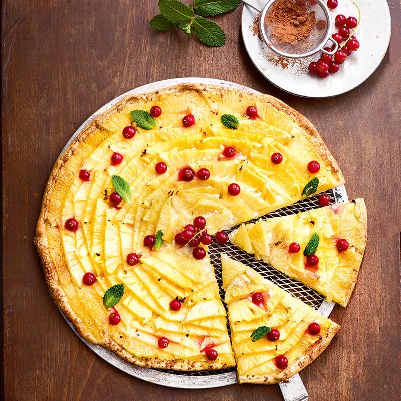 Foto van Ananas- en rode bessenpizza door WW