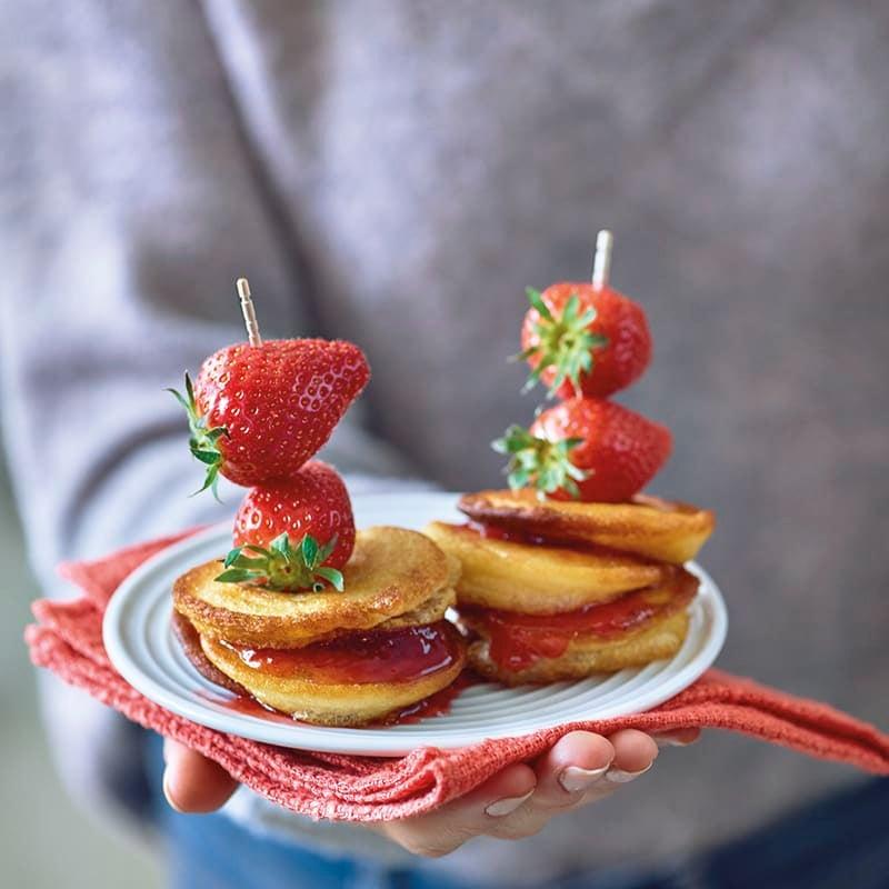 Foto van Pannenkoekspiesjes met aardbeien door WW