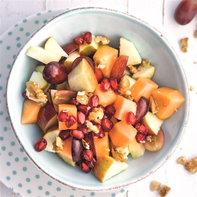 Foto van Knapperige fruitsalade met granaatappelpitjes door WW