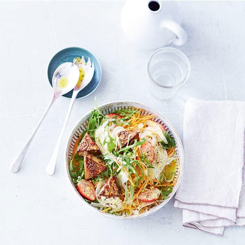 Foto van Zomerse salade met krokante tofu door WW