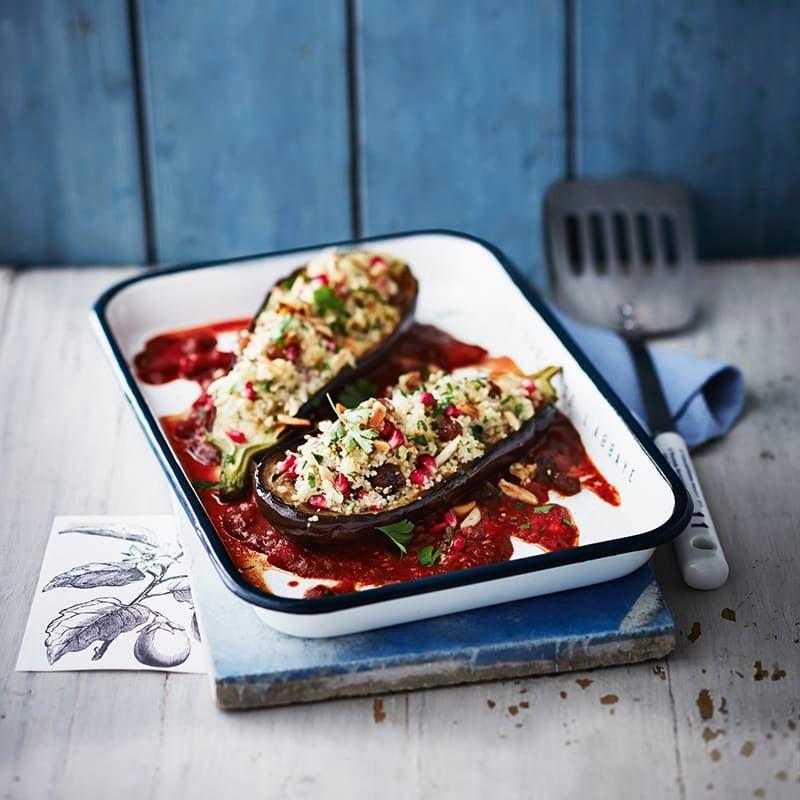 Foto van Gevulde aubergine met couscous en rozijnen door WW