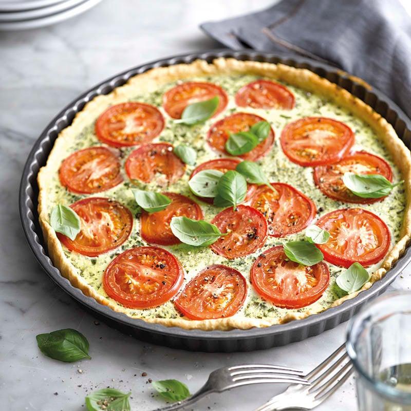 Foto van Tomatenquiche met basilicumcrème door WW