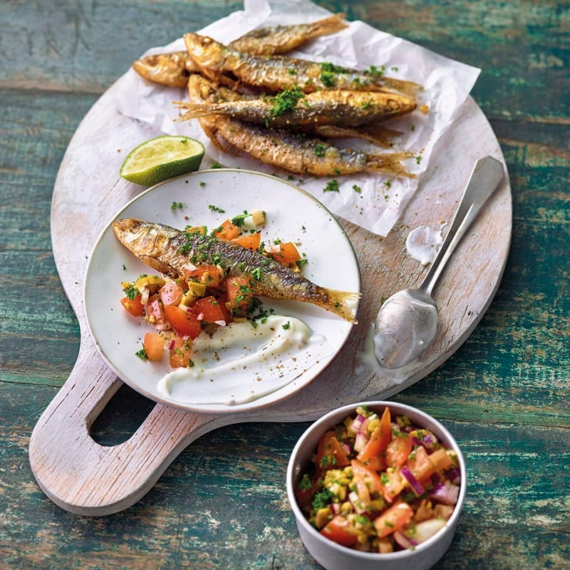 Foto van Gegrilde sardines met tomatensalsa en aioli door WW
