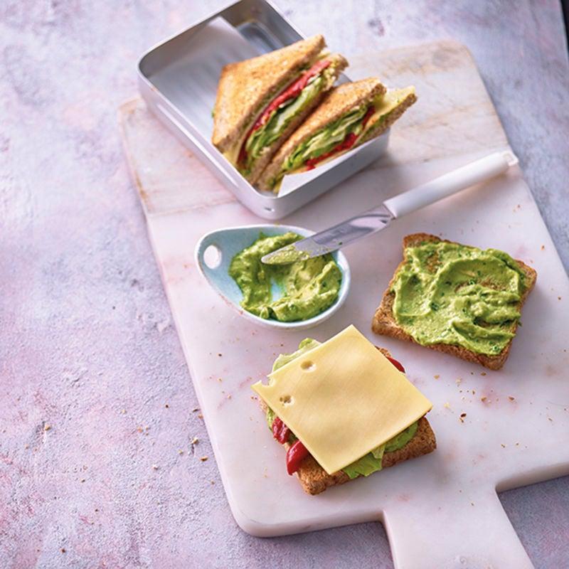 Foto van Geroosterd brood met kaas en guacamole door WW