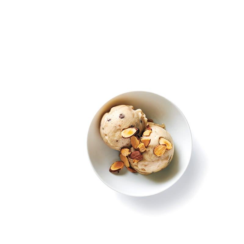 Foto van Nicecream met chocolade en amandel door WW