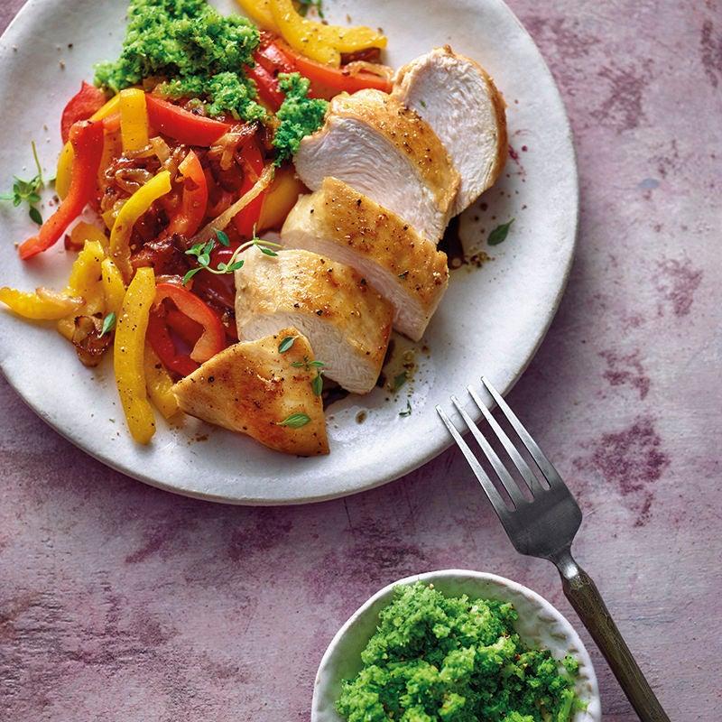 Foto van Kipfilet met paprika en broccolipuree door WW