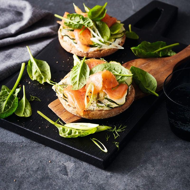Foto van Volkorenbroodje met zalm door WW