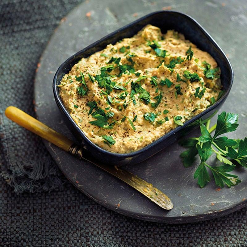 Foto van Hummus met peterselie door WW